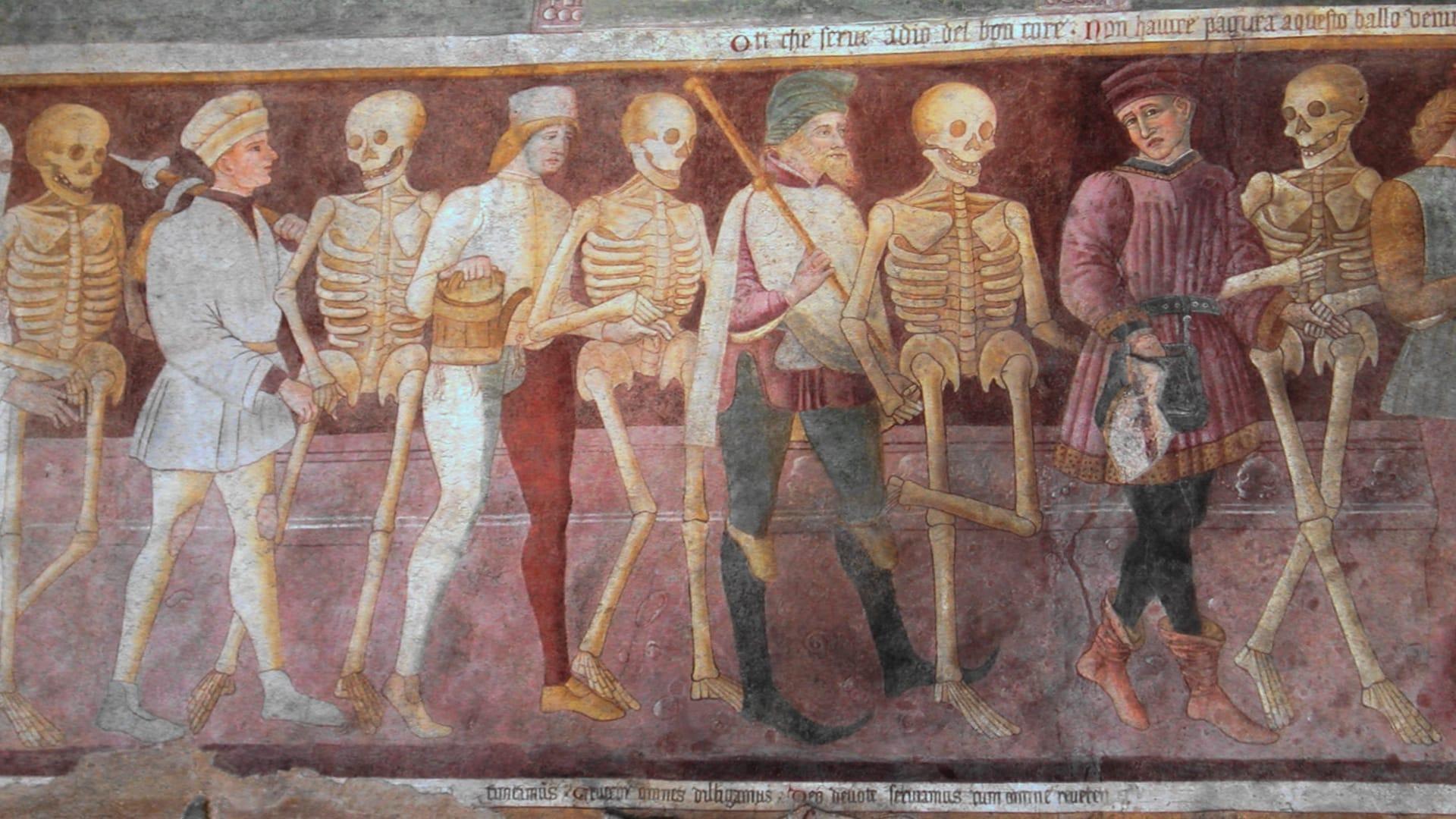 Danza macabra di Giacomo Borlone de Buschis sullesterno dellOratorio dei Disciplini a Clusone 1485 w