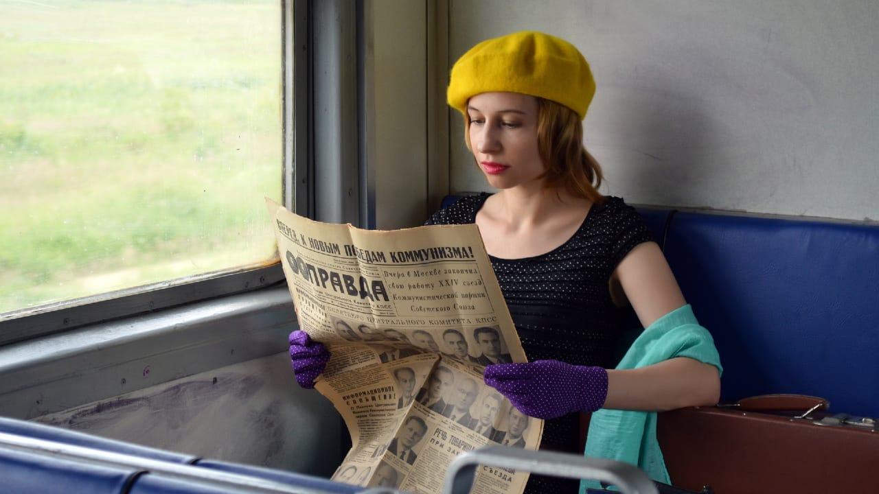 treno berretto giallo 1280